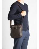 Фотография Удобная сумка в руку и на плечо коричневого цвета 5608-1c