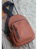 Фотография Мужской коричневый кожаный слинг 700021-SGE