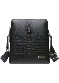 Чёрная кожаная сумка на плечо с тиснением 7035