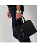 Фотография Женская кожаная сумка черного цвета KARFEI KJ1222899A