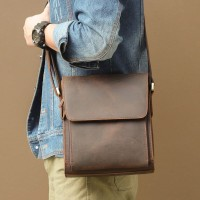Мужские сумки через плечо