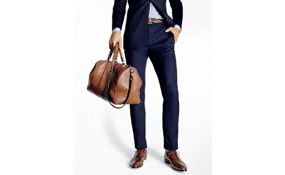 Коричневый цвет в производстве мужских сумок