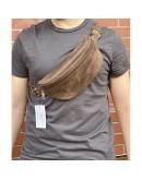 Фотография Коричневая винтажная кожаная сумка на пояс Newery N40298KC