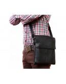 Фотография Вместительная и стильная черная сумка на плечо 7101