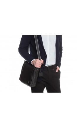 Кожаная плечевая мужская сумка черная Royal RB70011
