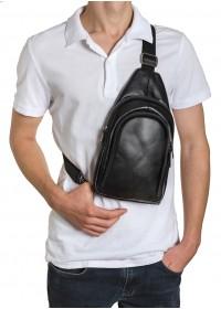 Черный кожаный мужской удобный слинг на плечо VZ-018-1