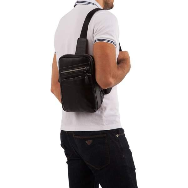 Мужская сумка черная кожаная на плечо